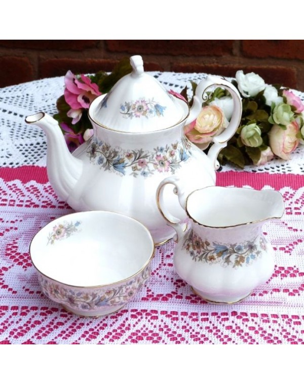 (OUT OF STOCK) TEAPOT PARAGON MEADOWVALE